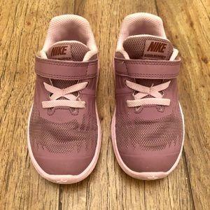 Nike Lavender/Pink Sneaker